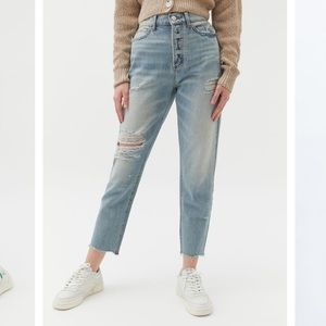 BDG Cropped Jeans